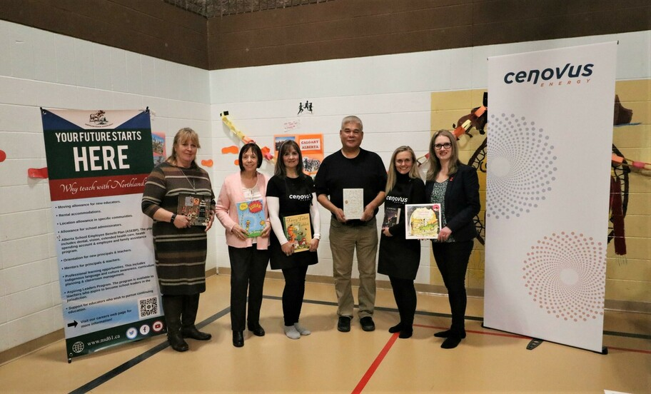 Left to Right: Janette Cavanaugh, Division Principal Literacy, Jane Stroud, Councillor, Regional Municipality of Wood Buffalo, Lise Warawa, Cenovus, Jules Nokohoo, Vice-Chair, Jessica Yarnell, Cenovus, Laila Goodridge, MLA for Fort McMurray-Lac La Biche